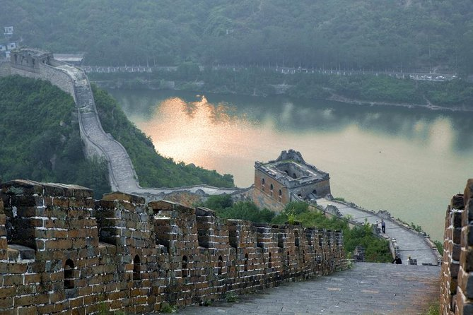 Small Group Tour to Huanghuacheng Remnants Great Wall