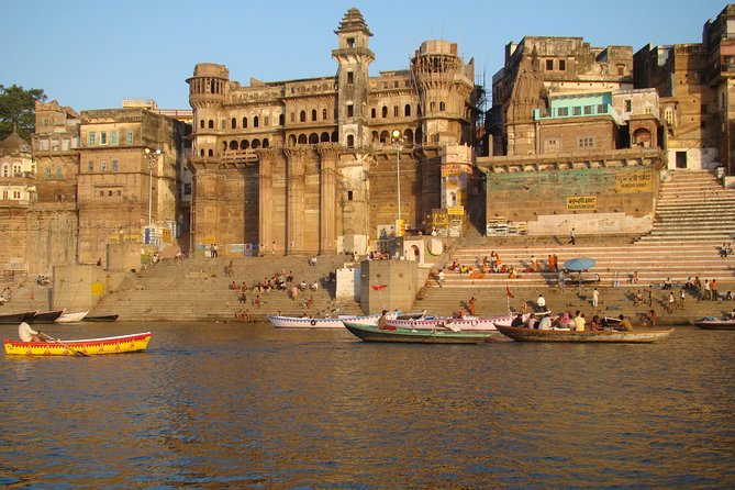 Varanasi - Early morning boat ride with temple tour