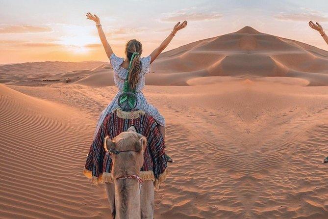 Desert Dunes Safari, pick-up, BBQ, shows, activiteiten, gratis pick-up bij hotels in Dubai