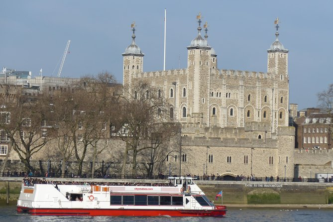 Tower of London and Thames River Sightseeing Cruise photo 3
