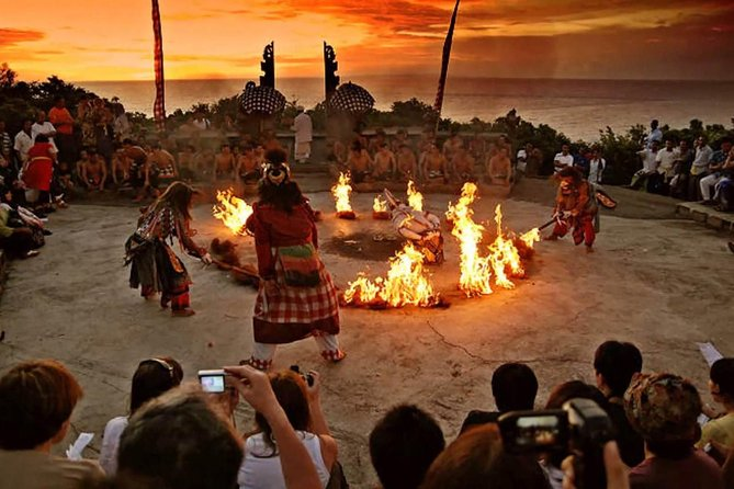 Uluwatu Temple with Kecak Dance in the evening