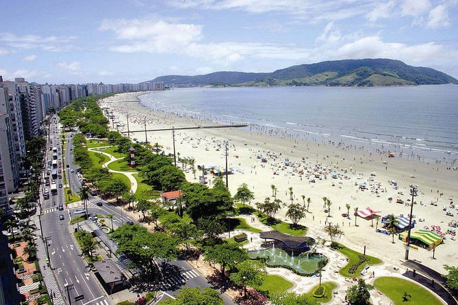 Private 8-hour Tour to Santos city and Guarujá island photo 4