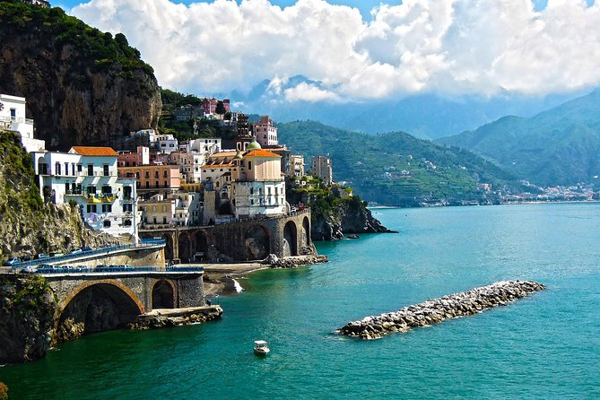 VIP deluxe tour among the Amalfi coast from Naples