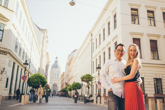 90 Minute Private Vacation Photography Session with Photographer in Budapest photo 3