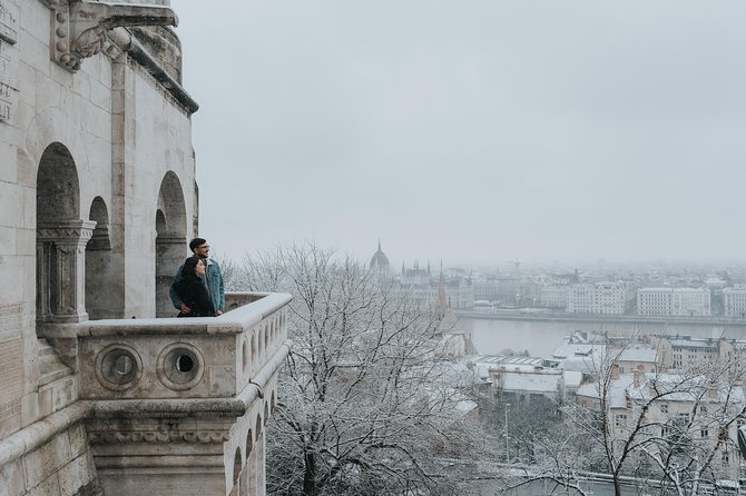 90 Minute Private Vacation Photography Session with Photographer in Budapest