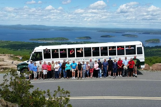 Narrated Bus Tour of Bar Harbor and Acadia National Park (Classic - 2.5 Hours)