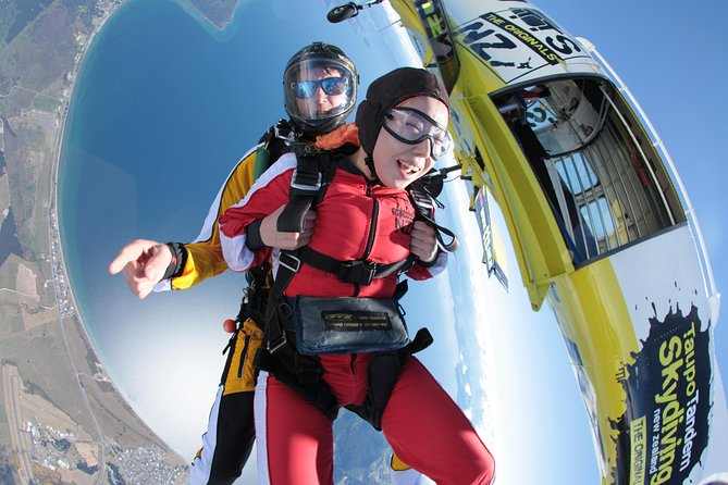 12,000 ft. Tandem Skydiving from Rotorua