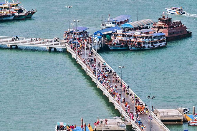 Muslim Selfie City Tour of Pattaya including Halal Lunch