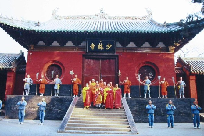 Private Day Tour to Shaolin Temple and Songyang Academy from Zhengzhou