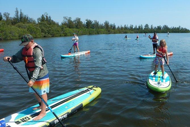 Kayak ou Paddle Board a lagoa do rio indiano