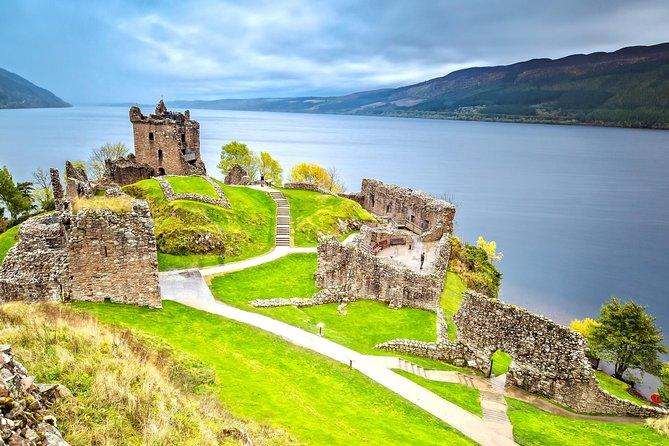 Loch Ness, Inverness & The Highlands - 2 Day Tour from Glasgow