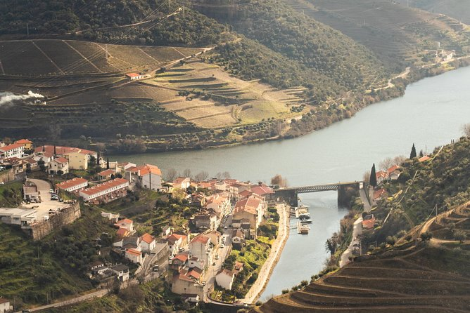 Douro Valley Private Tour with Sommelier
