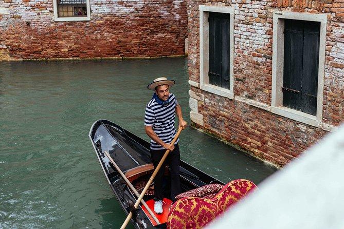 Private Venice Essentials Tour: San Marco Square & Gondola Ride
