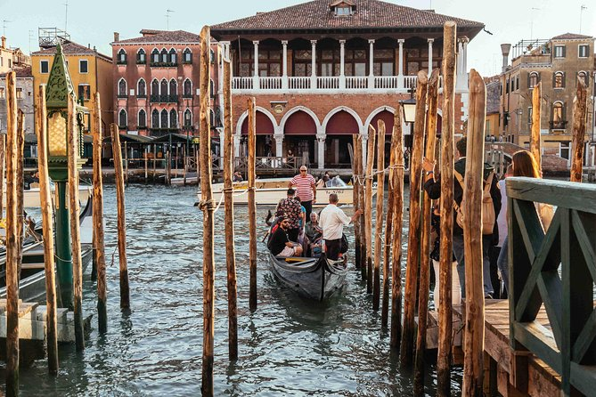 Private Venice Essentials Tour: San Marco Square & Gondola Ride