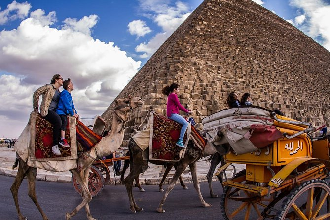Private Cairo Tour to Pyramids of Giza Museum Citadel