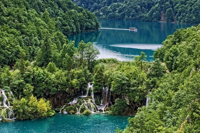 Plitvice Lakes National Park - Day Tour Transfer