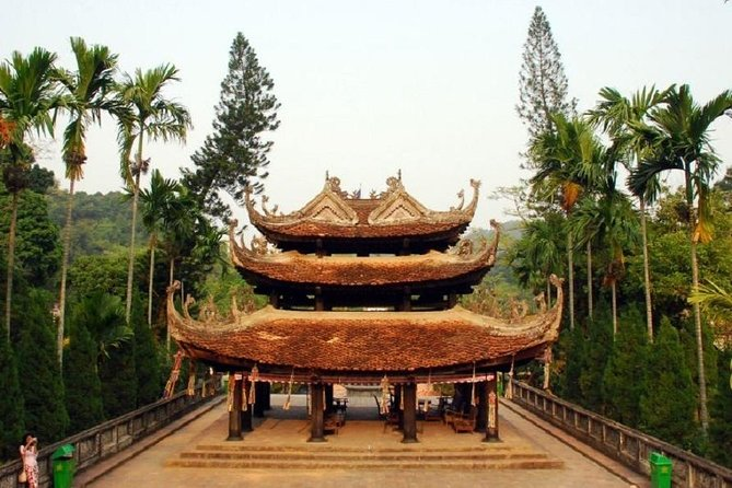 Magnificent Perfume Pagoda Tour with Lunch & Guide From Hanoi photo 4