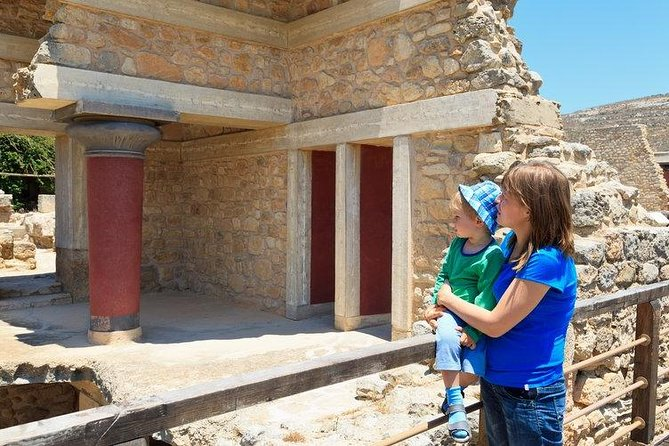 Knossos Museum - Heraklion Old Port Private Tour from Chania