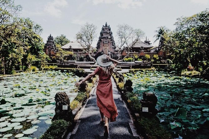 Ubud Signature in Bali (Half Day)