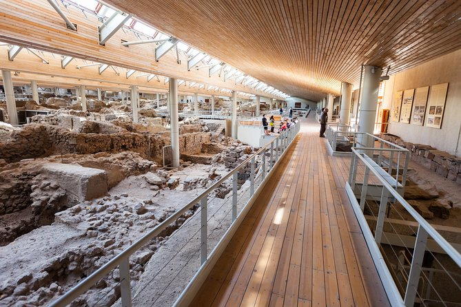 Archaeological Bus Tour To Akrotiri Excavation & Red Beach