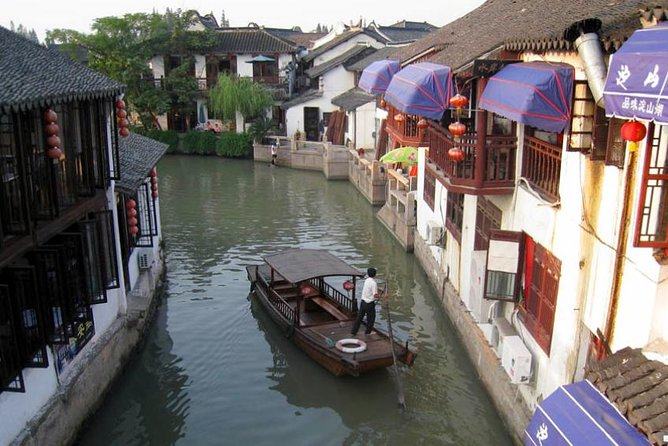 Zhujiajiao Water Village & Seven Treasure Town Day Tour from Shanghai