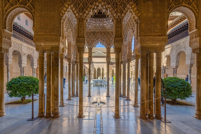 Private tour of Alhambra and Granada City Center