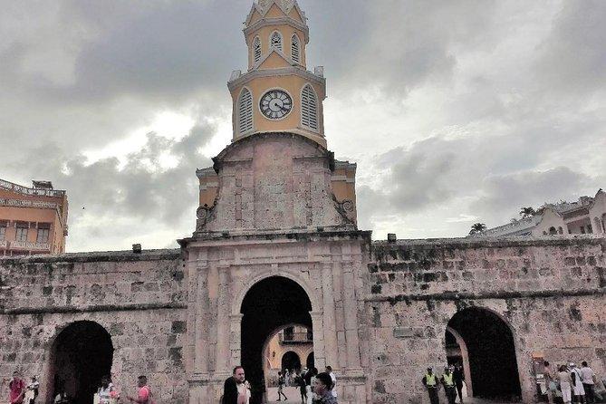 Cartagena de Indias: Into the Walls of The City Walking Audio Tour by VoiceMap