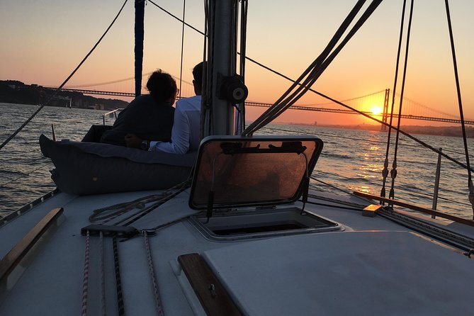 Lisbon Sunset Sensations Sailing Tour with white or rosé wine & snacks photo 13