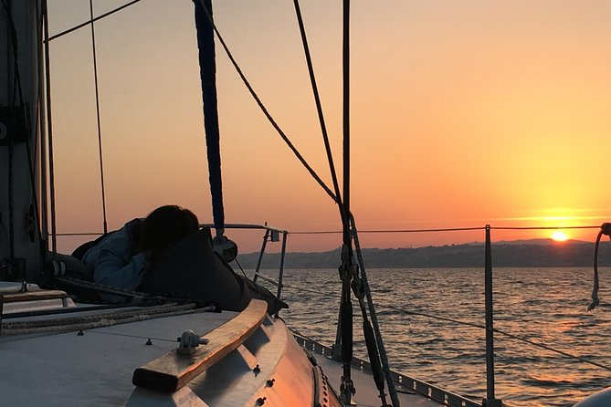 Lisbon Sunset Sensations Sailing Tour with white or rosé wine & snacks photo 6