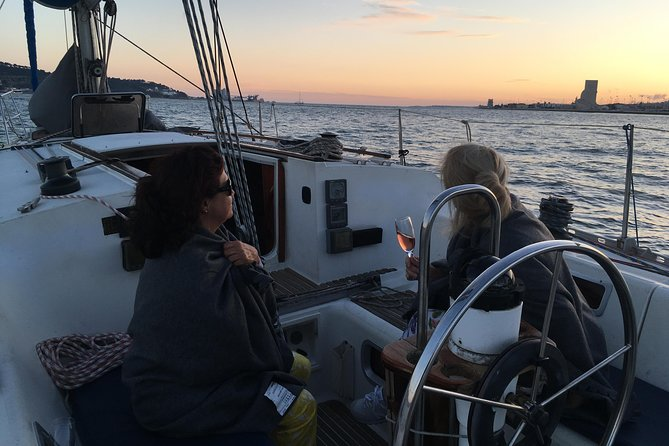 Lisbon Sunset Sensations Sailing Tour with white or rosé wine & snacks photo 7