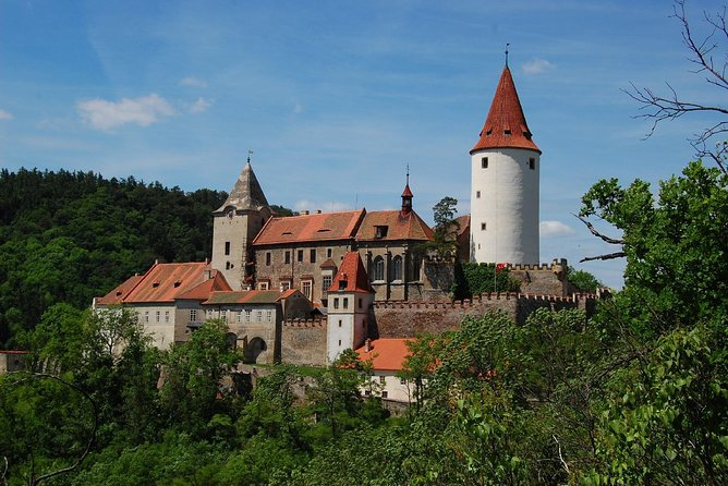 Royal Castle Krivoklat And A Visit To Glasswork With Tasting Lunch
