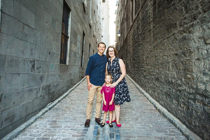 90 Minute Private Vacation Photography Session with Photographer in Montreal photo 8