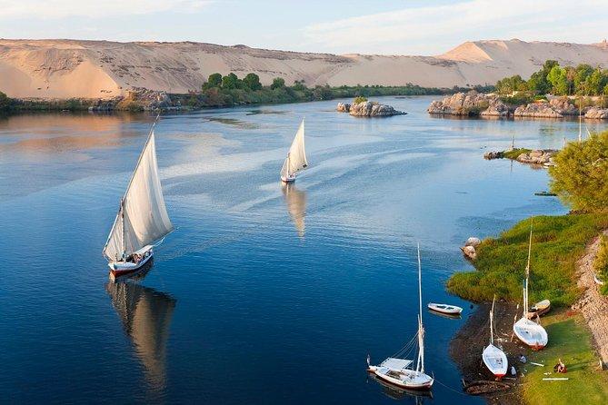 From Luxor 2 Days tour to Abu Simbel