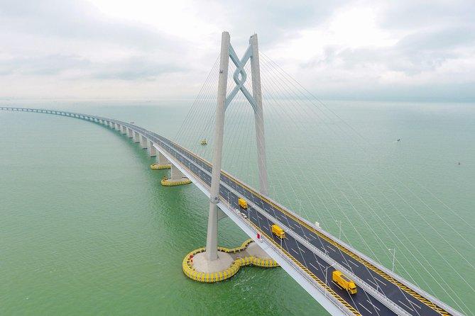 Hong Kong-Macao-Zhuhai Bridge Bus Tour from Guangzhou