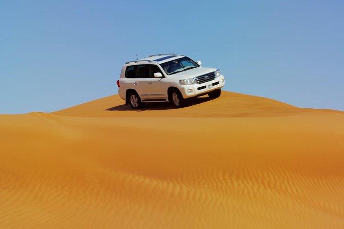 Safari nel deserto di Dubai con cena barbecue e giro in cammello Pick-up da RAK