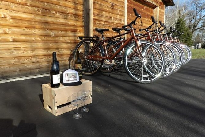 Oregon Wine Country Experience - All-Inclusive Tour by Bike or Shuttle