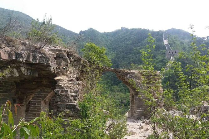 Private Hiking Trip from Jiankou to Mutianyu with English Speaking Driver