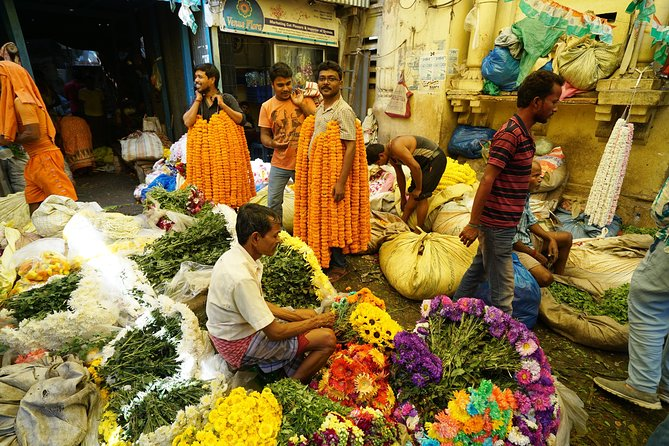 Kolkata Full Day Sightseeing Including Mother House, Kumortuli and Flower Market photo 1