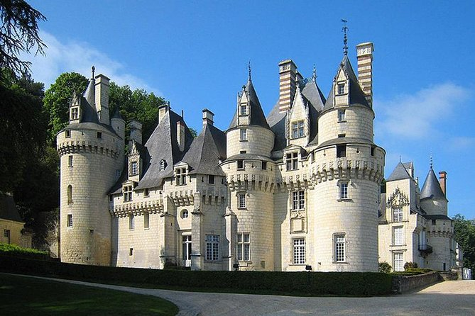 5 DAYS 4 NIGHTS - Wine, Dine & Castle Tours Loire Valley