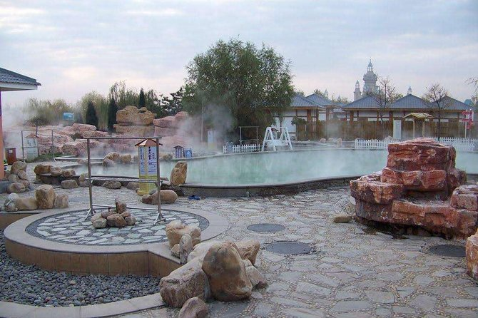 Tianjin Private Tour: Huangyaguan Great Wall with Outdoor Hot Spring Experience