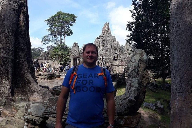 Private Tour: Siem Reap Full Day Tour With Angkor Wat Banteay Srei Bayon Temple and Ta Prohm photo 17