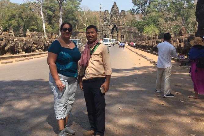 Private Tour: Siem Reap Full Day Tour With Angkor Wat Banteay Srei Bayon Temple and Ta Prohm photo 8