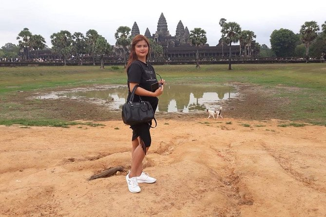 Private Tour: Siem Reap Full Day Tour With Angkor Wat Banteay Srei Bayon Temple and Ta Prohm photo 13