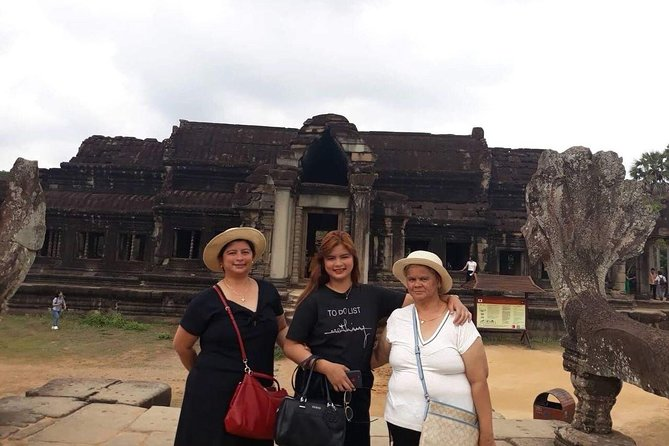 Private Tour: Siem Reap Full Day Tour With Angkor Wat Banteay Srei Bayon Temple and Ta Prohm photo 11