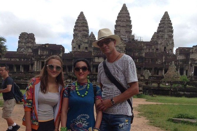Private Tour: Siem Reap Full Day Tour With Angkor Wat Banteay Srei Bayon Temple and Ta Prohm photo 49