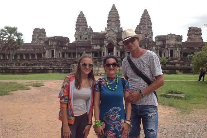 Private Tour: Siem Reap Full Day Tour With Angkor Wat Banteay Srei Bayon Temple and Ta Prohm photo 16