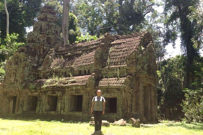 Private Tour: Siem Reap Full Day Tour With Angkor Wat Banteay Srei Bayon Temple and Ta Prohm photo 21