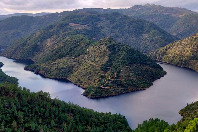 DOURO ADVENTURE - JEEP TOUR (full day private tour, all included)