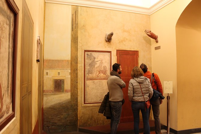 Skip-the-Line National Archaeological Museum of Naples Small Group Tour photo 2