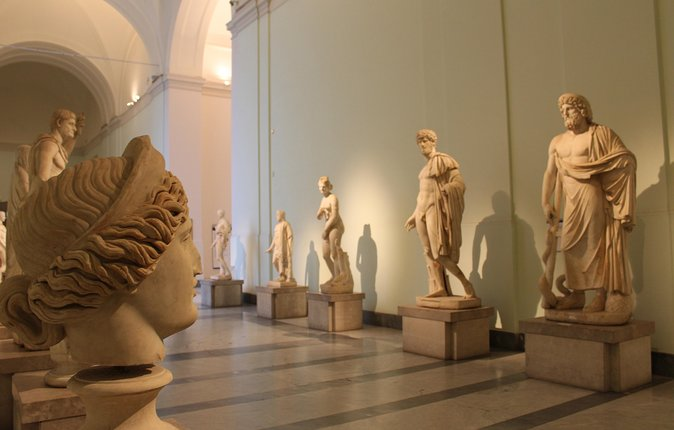 Skip-the-Line National Archaeological Museum of Naples Small Group Tour photo 4